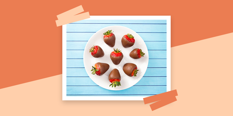 Chocolate Covered Strawberries (Thoughtful Thank You Gift Ideas Under $25)
