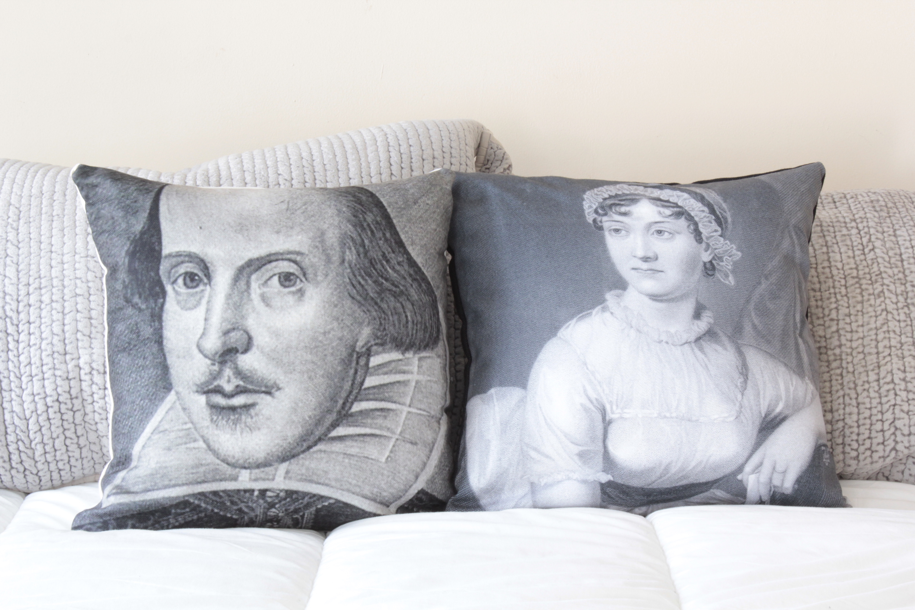 famous people pillows sized